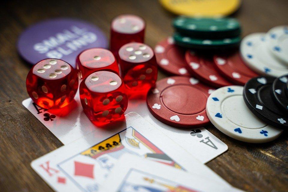 gambling 4178462 960 720 1 - gambling-4178462_960_720